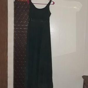 Dresses & Skirts - Women's Forrest Green Floor Length Dress Size 10